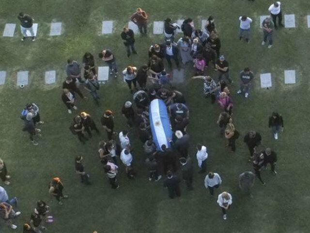 EN VIVO  |  Diego Maradona: familiares y amigos lo despiden en cementerio de Bella Vista