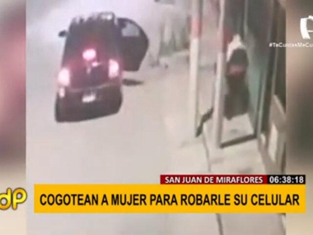 SJM: delincuentes cogotean a mujer para robarle su celular