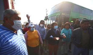 Pasajeros varados en Ica piden tregua a protestantes agrarios: no tenemos agua ni comida