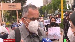Vecinos protestan por inicio de construcción de parque Bicentenario
