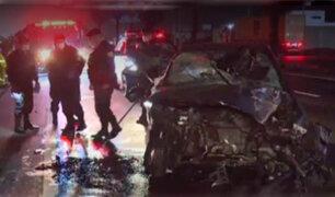Lurín: un muerto y tres heridos deja choque entre camión y auto particular