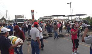 Lambayeque: vecinos de Pacora bloquearon carretera denunciando presunta contaminación del agua