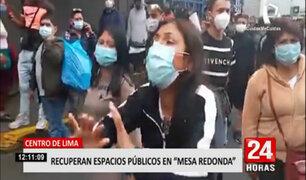 Ambulantes protestan contra el alcalde Muñoz y piden vender en Mesa Redonda