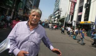 """Diógenes Alva a ambulantes en Gamarra: """"tienen que acostumbrarse a pagar impuestos"""""""