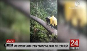 Obstetras arriesgan sus vidas al cruzar río por el tronco de un árbol para atender pacientes