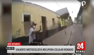 Motociclista obliga a ladrón a devolver celular robado en Ate