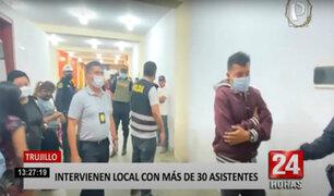 Agentes irrumpen local donde se promocionaba presencia de Toño y su grupo Centella
