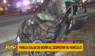 Auto que trasladaba a familia sufre aparatoso accidente en la Panamericana Sur