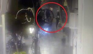 Centro de Lima: intervienen bar clandestino y clientes huyen despavoridos