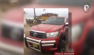 VES: delincuentes fuertemente armados roban moderna camioneta a empresario