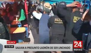 Juliaca: Policía rescata a presunto ladrón que era golpeado por comerciantes