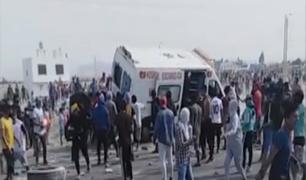 Ica: quemaron ambulancia durante segundo día de paro de los trabajadores agroindustriales