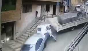 Independencia: chófer de mototaxi se salva de morir tras ser impactado por camión