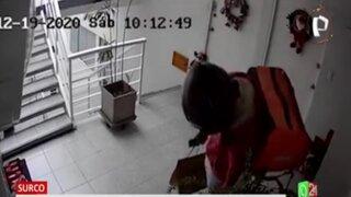Surco: Repartidor de delivery ingresa a condominio y roba zapatillas