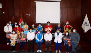 La Libertad: EsSalud entregó juguetes en Navidad a niños hospitalizados