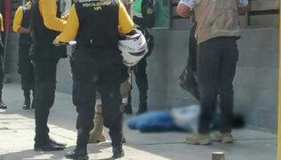 Ica: Policía vestido de civil se desplomó y falleció en plena calle