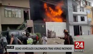 Ate: incendio en taller clandestino deja 8 vehículos inservibles