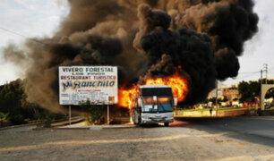 Áncash: bus interprovincial se incendió en carretera Panamericana Norte