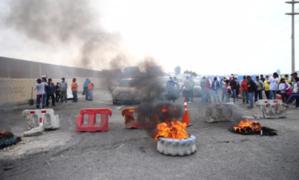 La Libertad: Panamericana Norte continúa bloqueada por paro agrario