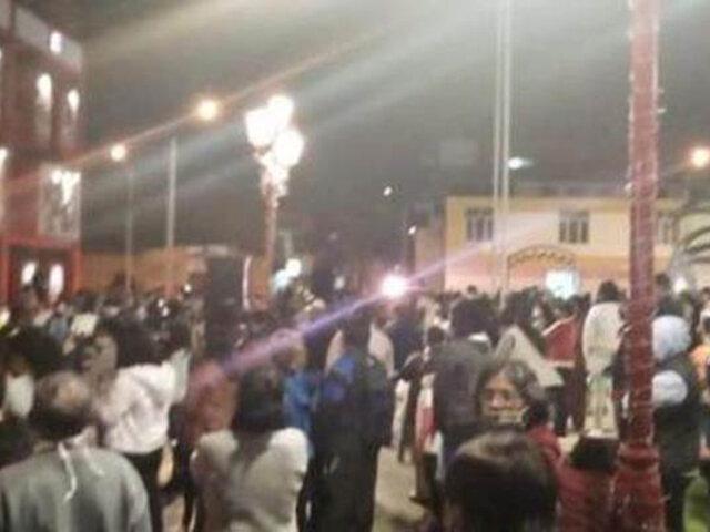 Covid-19: intervienen a alcalde por convocar a familias al encendido de luces navideñas