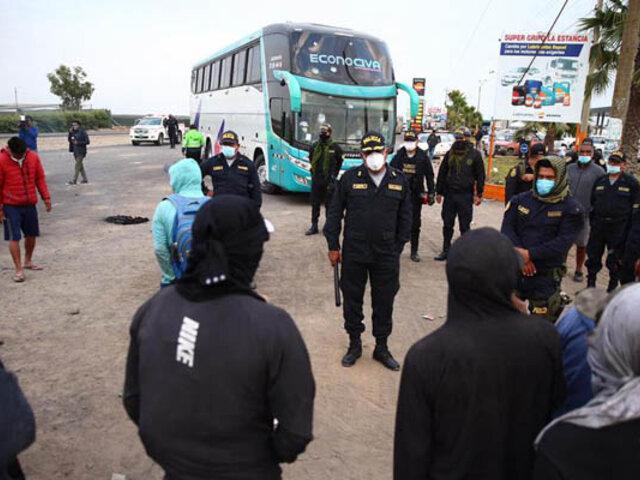 Ica: manifestantes permitirán periódicamente el pase de buses con personas vulnerables