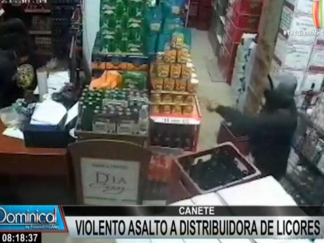 Cañete: delincuentes armados asaltan violentamente una distribuidora de licores