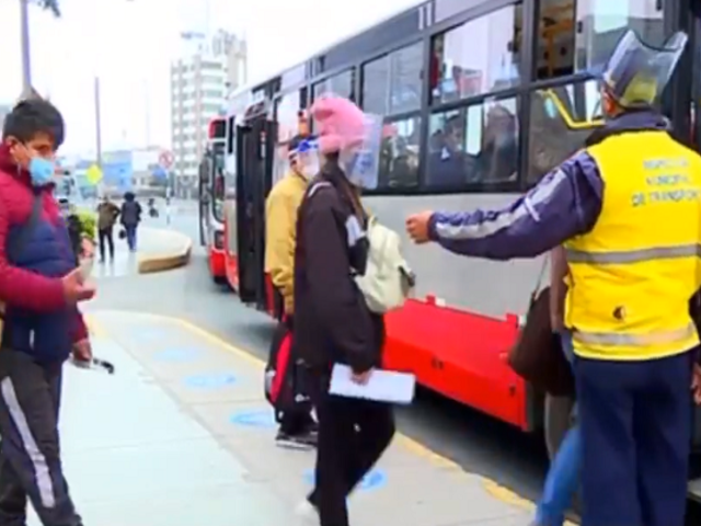 De 8 a 10 pasajeros podrán viajar de pie en buses del Metropolitano y Corredores Complementarios
