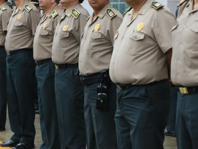 Sagasti: 13 generales PNP presentan demanda contra mandatario por pases al retiro