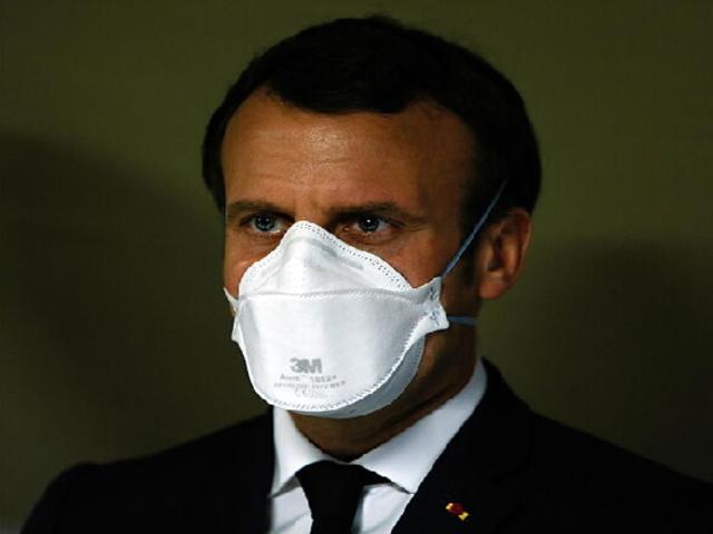 Presidente francés Emmanuel Macron da positivo al coronavirus y se aislará por siete días