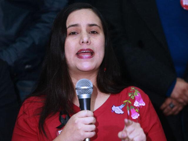 Expectativa en el Jorge Chávez por llegada de Verónika Mendoza
