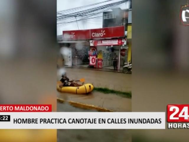 Puerto Maldonado: hombre practica canotaje en calles inundadas