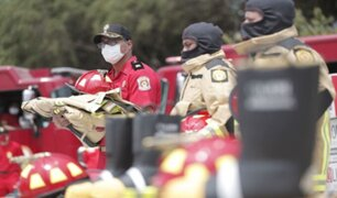 Bomberos recibieron indumentaria de Gobierno que los ayudará a estar más protegidos