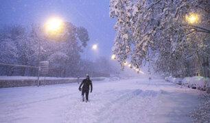 Tres muertos y varias ciudades incomunicadas por tormenta de nieve en España