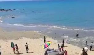 Piura: bañistas siguen visitando playas pese a prohibición