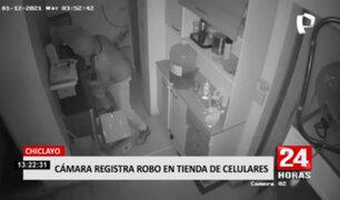 Chiclayo: cámaras de seguridad captaron robo en tienda de celulares