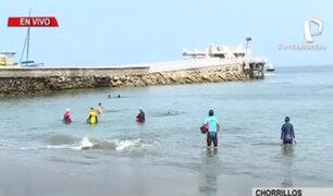 Chorrillos: pese a restricciones bañistas acuden a playa Agua Dulce