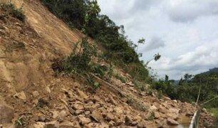 Huancavelica: deslizamiento de cerro destruye vía y deja incomunicadas a 500 personas