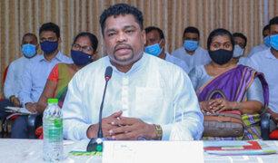 """Sri Lanka: ministro que tomó """"brebaje milagroso"""" contra el Covid-19 fue hospitalizado"""
