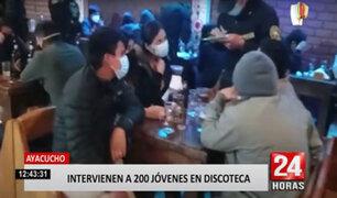 Policía detiene a más de 200 jóvenes en discoteca durante el toque de queda