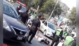 Ate: intervienen a tres extranjeros y hallan un arma de fuego en su poder