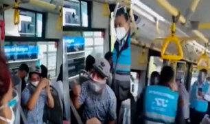 Metropolitano: sujetos que se negaron a usar protector facial fueron retirados a la fuerza de bus