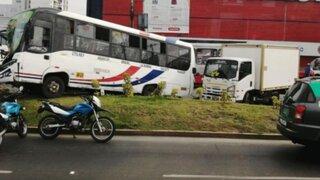 ATU suspende habilitación a un bus por provocar choque cuádruple en San Miguel