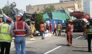 San Isidro: rescatan a obreros que quedaron atrapados en área de construcción