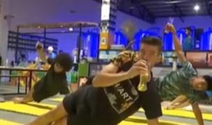 El 'Yoga cervecero': una disciplina que amenaza volverse viral