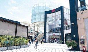 Trabajadores de centros comerciales y restaurantes preocupados por cierre en cuarentena