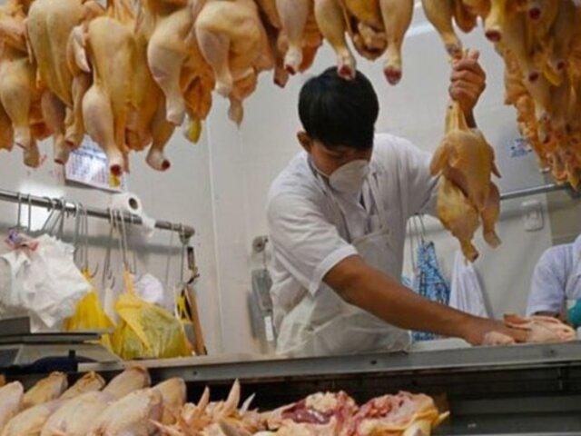Pollo sigue al alza: reportan precios elevados en Mercado El Bosque, de SJL