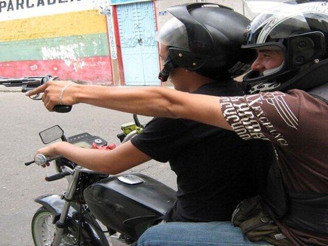 """Asaltos en moto: otra """"epidemia"""" que se propaga en la capital"""
