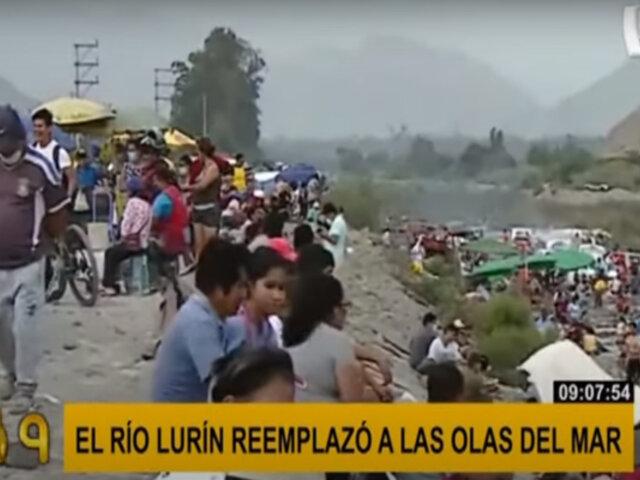 Manchay: decenas de personas se aglomeran en río Lurín ante restricciones en uso de playas