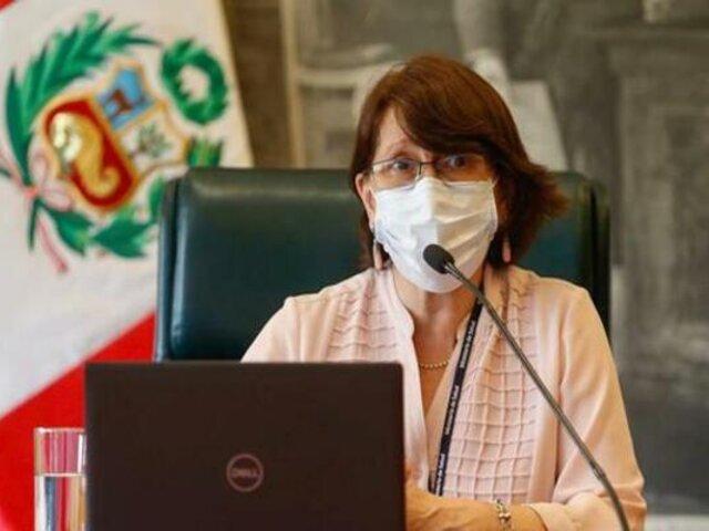 """Pilar Mazzetti: """"Estamos desplazando equipos de ventilación asistida"""""""