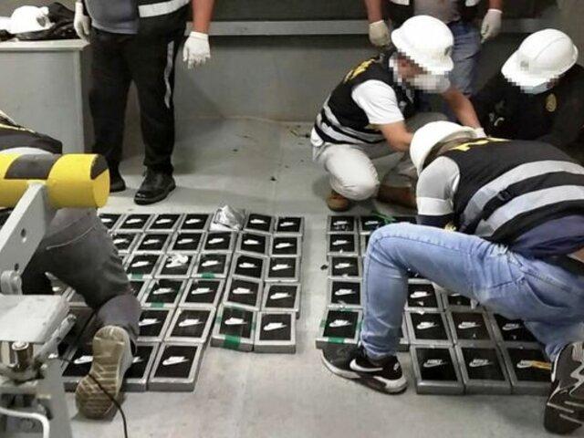 Marina de Guerra y PNP hallaron maletas con droga en embarcación